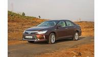 Toyota Camry Hybrid Images 38