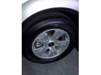 Mahindra XUV500 Tyre Photo