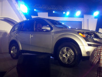 Mahindra XUV500 launch side view picture 3