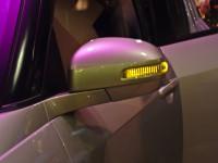 Maruti Swift 2011 side mirror image