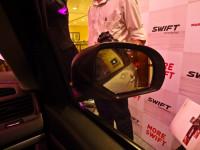 Maruti Swift side mirror pic