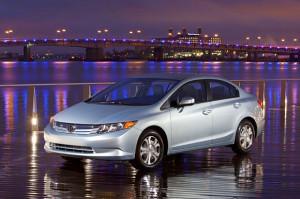 Honda Civic Natural Gas bags Green Car of the Year Award | CarTrade.com