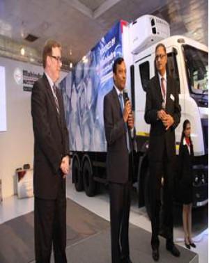 Mahindra exhibits mobility solutions at 2012 New Delhi Auto Expo | CarTrade.com