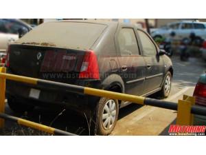 Mahindra Renault Logan Compact Sedan: Spy Shots  | CarTrade.com