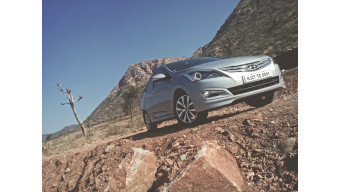 Hyundai 4S Fluidic Verna- Expert Review