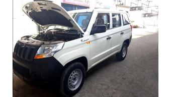 Mahindra TUV300 Plus spotted undisguised