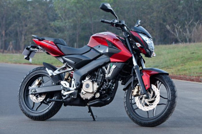All new Bajaj Pulsar 200NS unveiled in India, to be launched in April 2012 | CarTrade.com