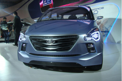 Hyundai Hnd7 2012 Front View