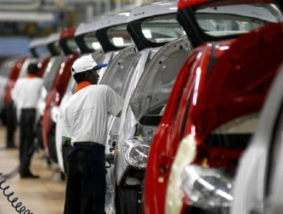 India sees increase in car sales as FY 2011-12 comes to an end | CarTrade.com
