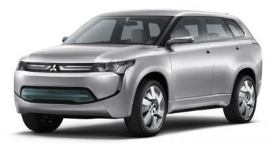 Mitsubishi initiates the production of Outlander Plug-in Hybrid SUV to be launched in 2013 | CarTrade.com