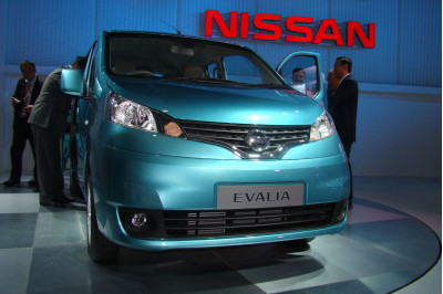 Nissan Evalia To Unevil Auto Expo 2012 - 2
