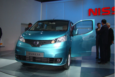 Nissan Evalia To Unevil Auto Expo 2012 - 3