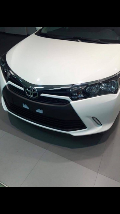 Toyota Corolla facelift fully revealed - spied | CarTrade.com