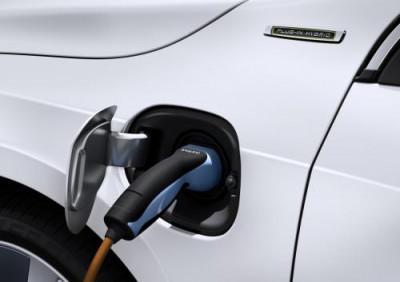 Toyota and BMW come together to work upon EV batteries  | CarTrade.com