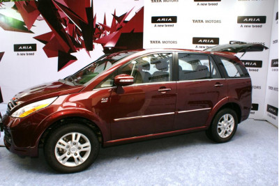 Tata Aria Launched in India with Actual Images | CarTrade.com