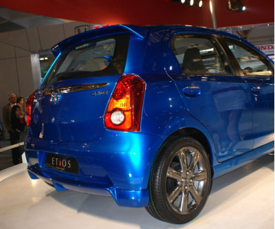 Toyota Invests further in Etios | CarTrade.com