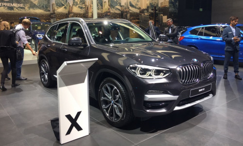 Frankfurt Auto Show 2017: BMW showcases new-gen X3 | CarTrade.com