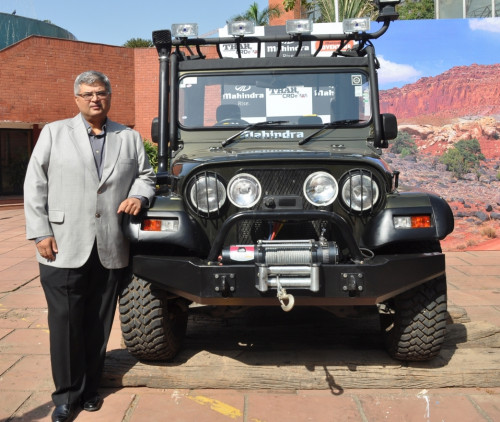 Mahindra & Mahindra rolls out the A/C version of its Thar in India | CarTrade.com