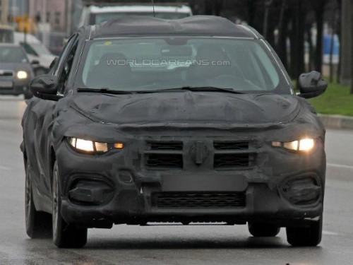 Next-generation Fiat Linea spied | CarTrade.com