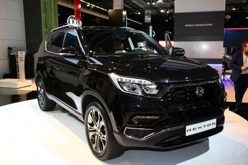 Frankfurt Auto Show 2017: 2018 SsangYong Rexton may come to India as a Mahindra    CarTrade.com