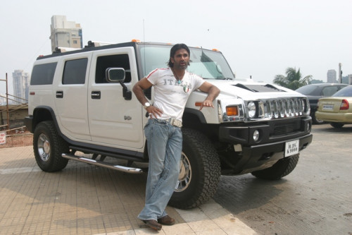 Suniel Shetty And His Hummer H3 Cartrade Blog