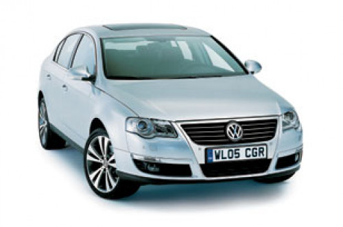 Expert Review On Volkswagen Passat Car Model - 16 | CarTrade.com