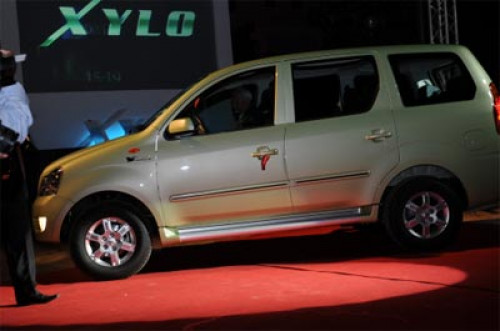Mahindra Plans Big for India | CarTrade.com