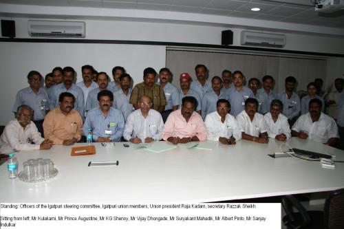 Wage agreement between Mahindra and Bhartiya Kamgar Sena Union | CarTrade.com