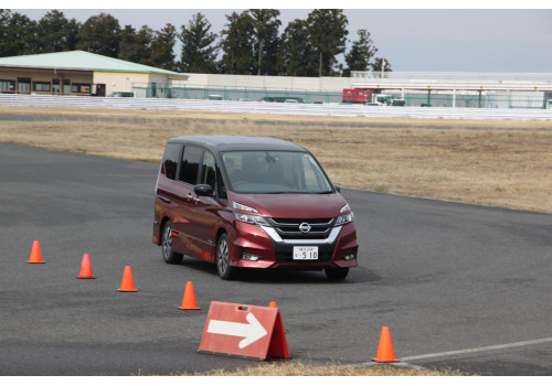 Nissan Intelligent Mobility Tour Its electric