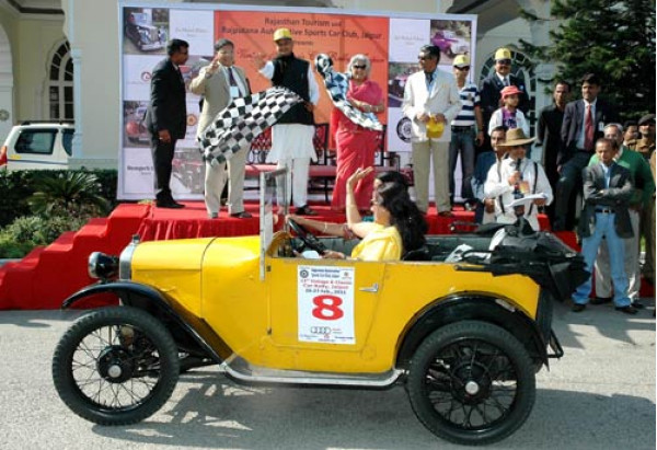 15th edition of Vintage Car Show in Jaipur leaves visitors spellbound   CarTrade.com