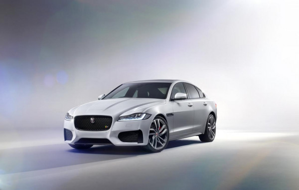 New York Auto Show: Jaguar XF 2016 set for a Grand Unveiling | CarTrade.com
