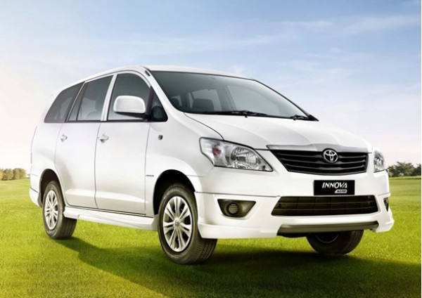 Next-gen Toyota Innova likely to be unveiled in 2015 | CarTrade.com