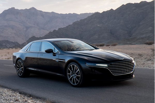 Aston Martin New Lagonda Prototype comes live for the first time | CarTrade.com