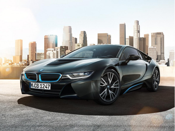 India launched BMW i8 wins UKCOTY 2015 | CarTrade.com