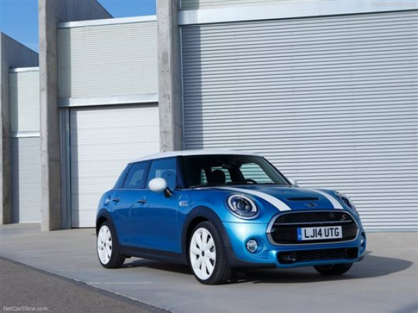 Official: New Generation MINI Range to Launch On November 19 | CarTrade.com