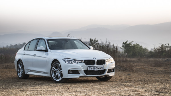 BMW 3 Series Expert Review, 3 Series Road Test - 206536 | CarTrade