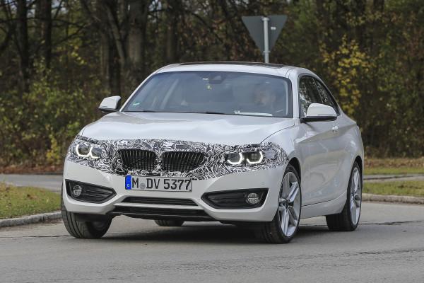 2018 BMW 2 Series caught testing | CarTrade.com