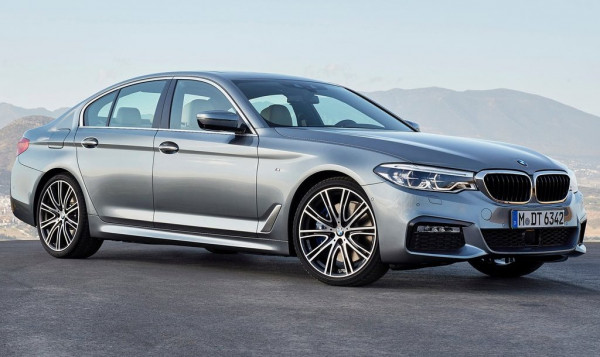 BMW launches 2017 5 Series with new base engine options  | CarTrade.com