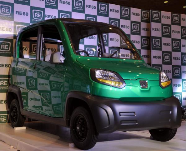 Bajaj RE60 CNG to deliver a fuel economy of 60 kilometres per kg | CarTrade.com