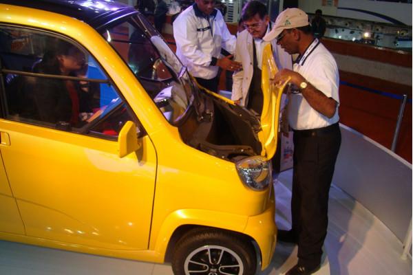 Bajaj RE60- A possible revolution for the Indian market,