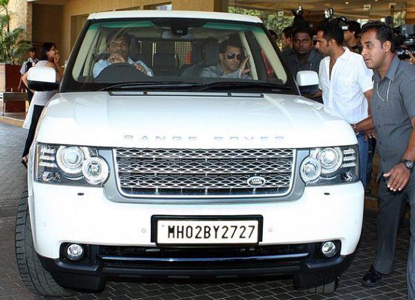 Bollywood superstar Salman Khan unhappy with his Range Rover | CarTrade.com