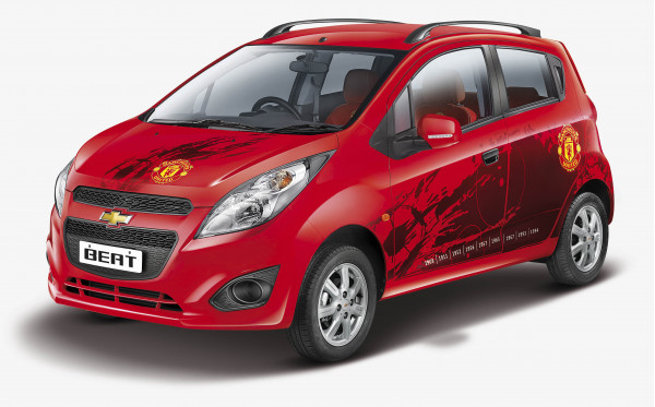 Chevrolet launches Manchester United limited editions of Beat and Sail hatchbacks | CarTrade.com