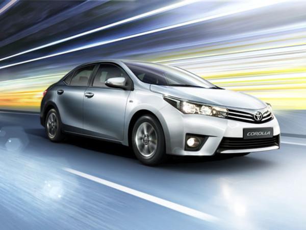 Corolla Altis Comparison - Petrol Vs Diesel | CarTrade.com