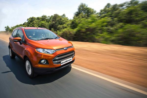 Adventure enthusiasts explore Mumbai in the Ford EcoSport | CarTrade.com