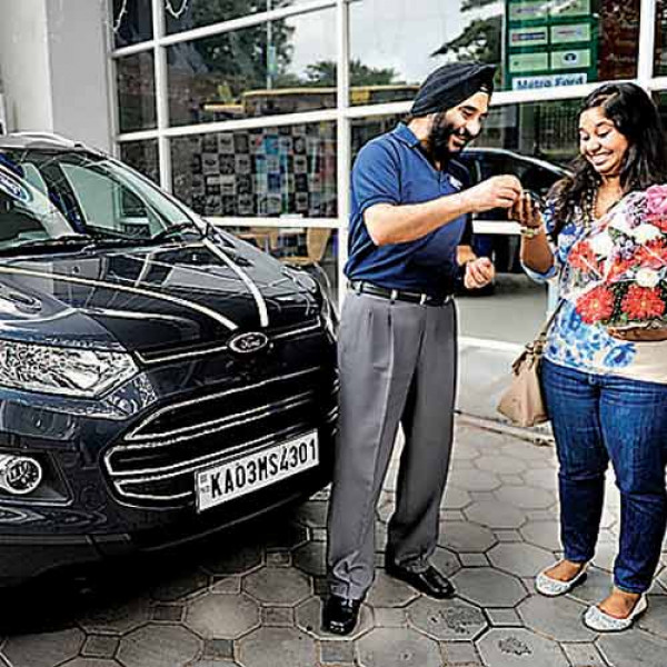 Deliveries of Ford EcoSport starts in Bengaluru | CarTrade.com
