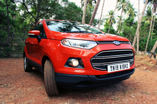 Is Ford EcoSport the best budget car for a road trip? | CarTrade.com