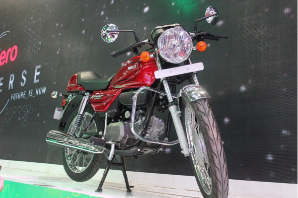 Hero Motocorp launches  Splendor Pro Classic and Passion Pro TR this festive season | CarTrade.com
