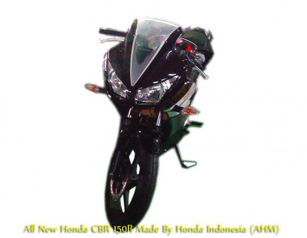 Honda CBR150R Indonesia Launch Ready - Dual Headlamps Spy shots Revealed | CarTrade.com