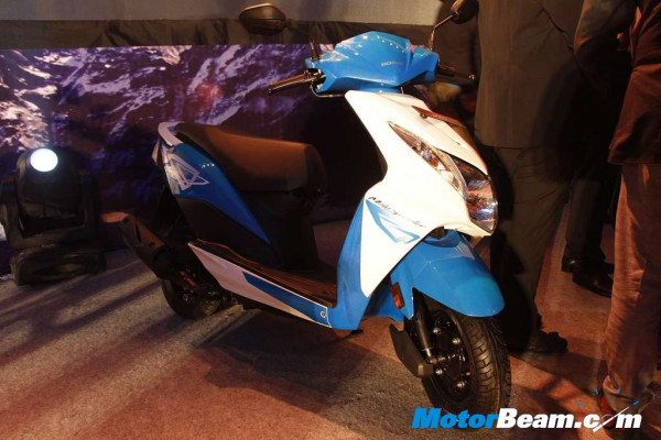 Honda introduces reworked Dio with new colour options | CarTrade.com