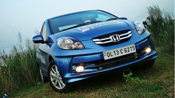 Expert Review On Honda Amaze Car Model - 203270 | CarTrade.com
